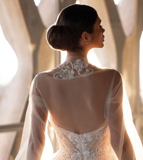 Vestido de novia con accesorios de la firma House of St Patrick